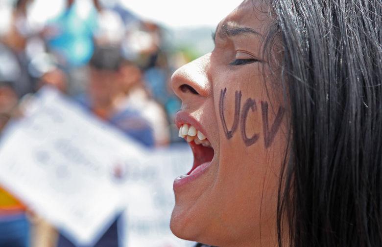 Estudiantes-rechazar-agresiones-Raul-Romero_NACIMA20130612_0181_3